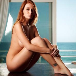 Leanna Decker model