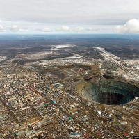 The Mir Mine - The hell hole where diamonds are mined