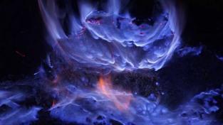 blue-volcano-05